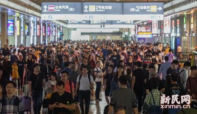 铁路返程高峰 铁路三大站到达旅客将达到43.1万人