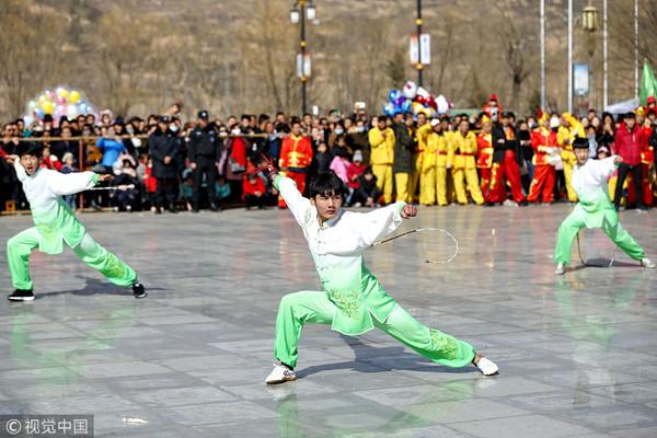中国崆峒武术正走向世界 日本弟子近万