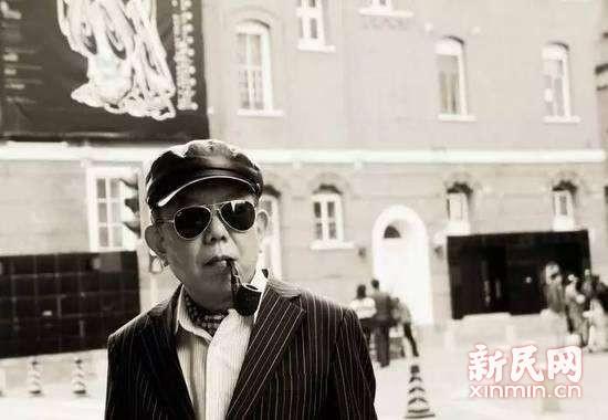 晨读 | 老城厢的故事:晒台上站着一位老绅士