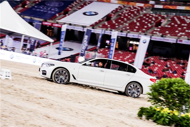 BMW再度助势2018北京马术大师赛