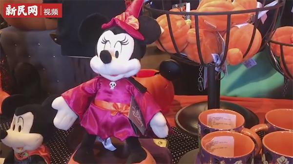 """上海迪士尼等大型游乐园开启年末""""搞怪""""模式"""