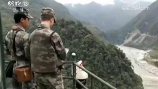 雅鲁藏布江堰塞湖成因:源头冰崩,冰丘冲至江边阻断江水