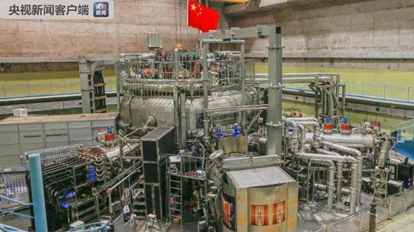"""中国""""人造太阳""""首次实现一亿度等离子体运行"""