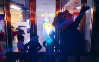 """沪上小萌狮与日系舞娘霸屏苏宁广场  热舞广场""""总决赛震撼打响"""