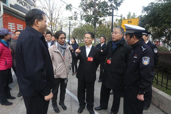 上海89万辆共享单车实施数字化管理 乱骑行、乱停放等将被列入黑名单