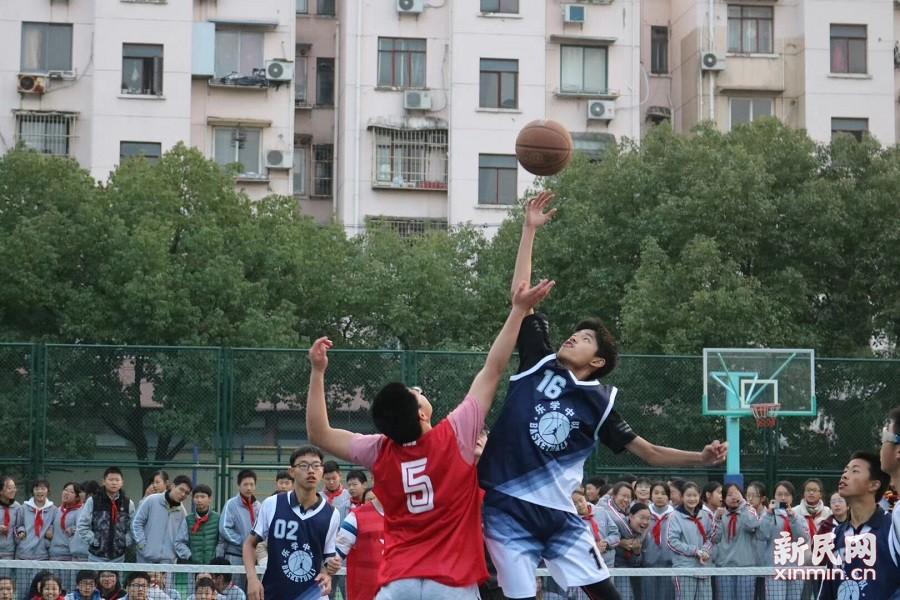 2018年上海市梅陇中学校园篮球赛顺利举行