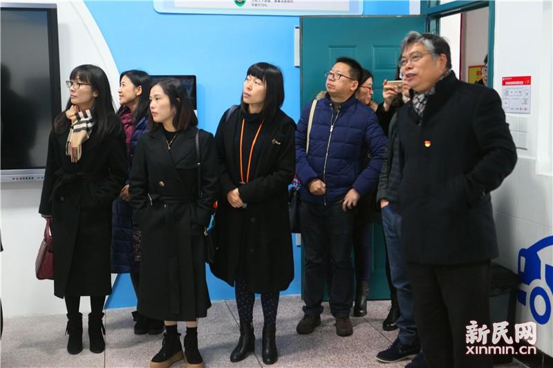 苏州市吴江区小学校长跟岗培训班学员到钱圩小学参观交流