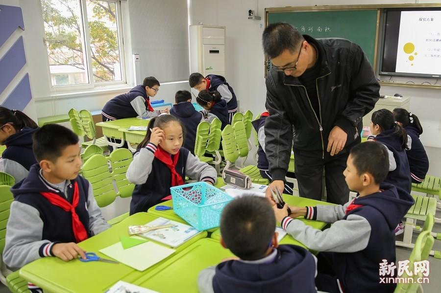 朱泾小学开展研究型课程综合展示活动
