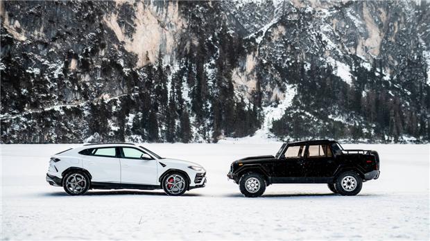 兰博基尼圣诞巡游庆祝超级SUV发布一周年