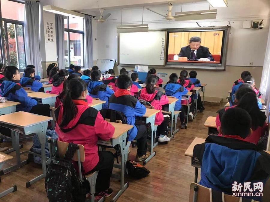 梅陇中学:革故鼎新 春风化雨