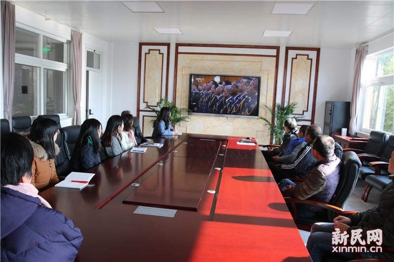 钱圩中学组织收看庆祝改革开放40周年大会直播