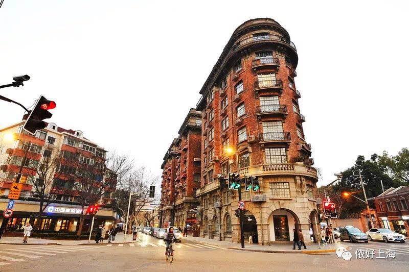 上海这座95岁的大楼终于素颜亮相!果然是魔都的颜值担当,卖相哈好!