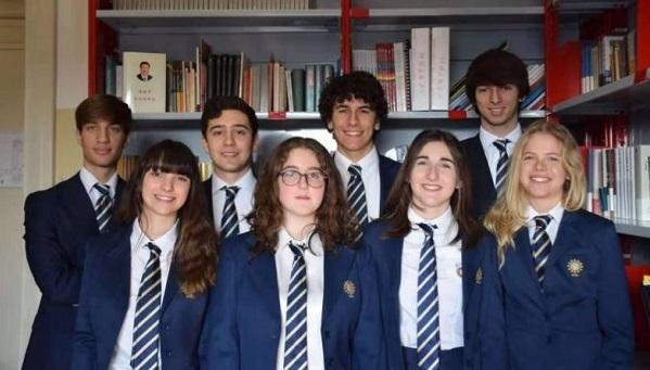 给习主席写信的8位罗马高中生都来过华东师大学中文