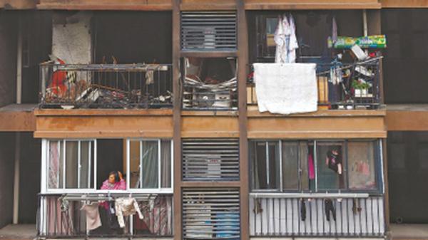 阳台被子起火烧毁主卧,究竟谁干的?