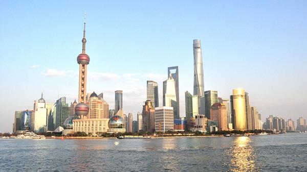 """带雨伞的日子明天结束!上海下周开启""""艳阳天""""模式 最高气温突破30℃"""