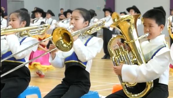 视频 | 精彩节目轮番上演!静安区学生行进乐展演开幕