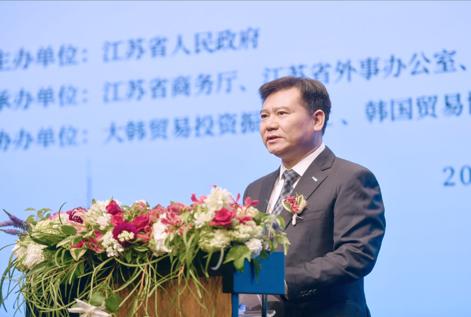 """张近东:苏宁要为广大制造企业搭建连接用户的""""高速公路"""""""