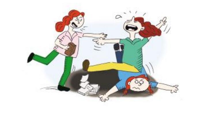 坍台!上海地铁三女子撕打成一团!衣服都被扯开了...