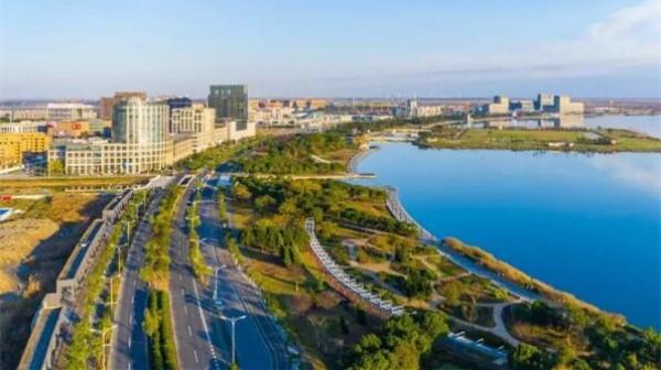 """""""@上海临港""""分享了她的时光札记:滴水成湖,其道大光!"""