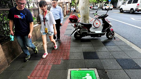 视频 | 武夷路窨井涂鸦一条街,你有兴趣来打卡吗?