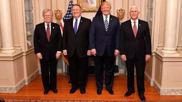 """博尔顿被开了,特朗普身边的""""鹰派""""们,想好出路了吗?"""