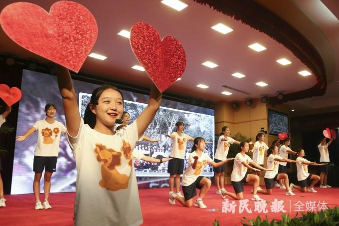 沪上体坛名宿共聚首,齐庆上海市体育运动学校校庆60周年