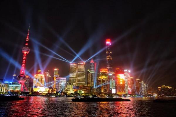 4分13秒~上海最美的浦江光影秀!都在这条微信里!惊艳世界!