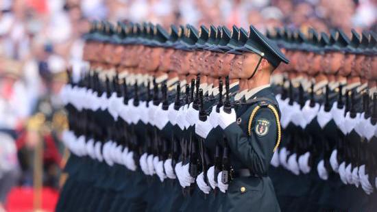 """美国华人注目70周年庆祝大会:""""我从心底为中国感到骄傲"""""""