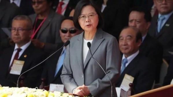抹黑香港警察,蔡英文当局实在太缺德!