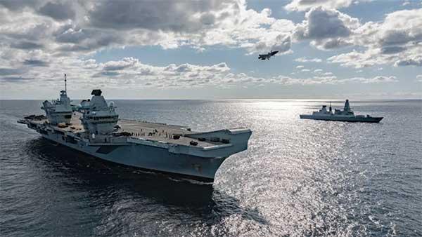 """尴尬的""""女王""""终于盼来""""肥电Ⅱ""""小分队,可英国皇家海军的2020计划,好像比脱欧还难"""