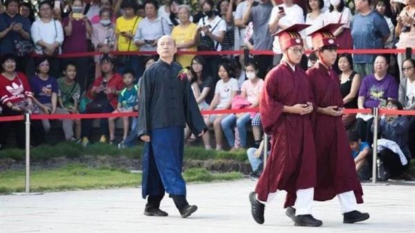"""韩国瑜拼选举,摆出三大""""一反常态"""""""