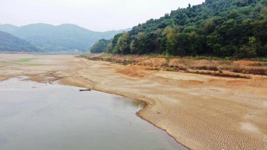 安徽江西等省旱情严重 国家启动Ⅳ级救灾应急响应