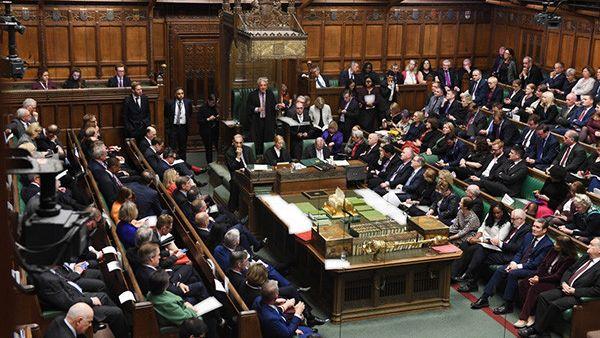 英国议会否决脱欧时间表 英首相月底脱欧计划落空