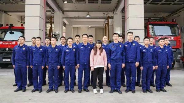 """汶川地震被埋102小时的小姑娘来沪""""寻亲"""" 要把车站消防员的爱延续下去"""