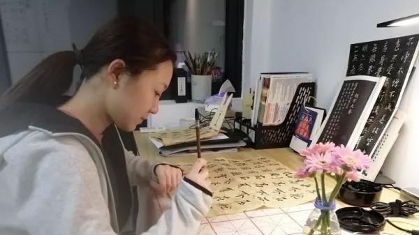 """临港选调生:兴奋到失眠,收到""""史上""""最多微信"""