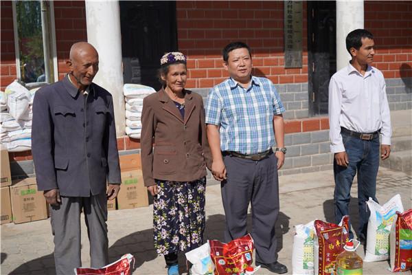 一个统战干部的援疆生涯 ——记上海第九批援疆干部 喀什地委统战部副部长 李彬