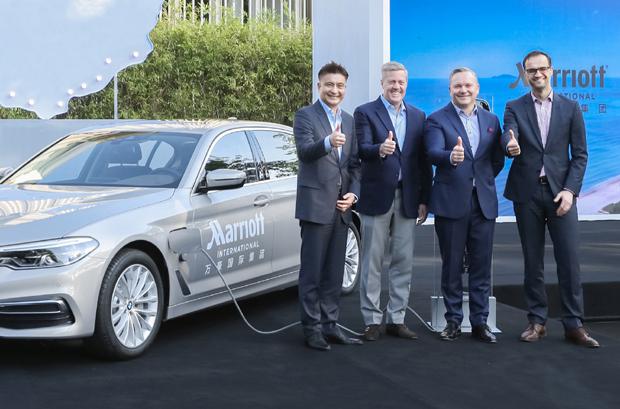 BMW 5系插混动力礼宾车队交付万豪集团