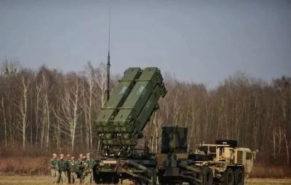 """韩版""""萨德""""来了!用美韩导弹构建反导网,韩国人到底想针对谁?"""