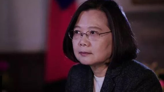 """蔡英文自认已""""偷""""走台湾,对着英媒说胡话呢?"""