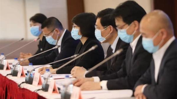 """疫情防控发布会   听市民心声!上海""""一网通办""""防控专栏开设""""我要找茬""""入口和企业服务专区"""