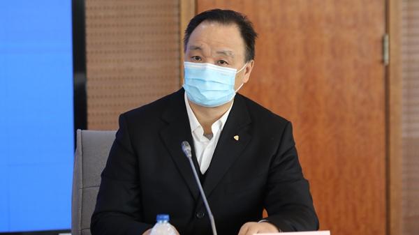 疫情防控发布会 | 上海市高院:因履行工作职责而感染新冠病毒的医护人员,依法认定为工伤