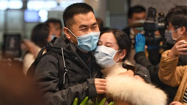 视频 | 上海派出精神科专家驰援武汉 为医患提供心理疏导