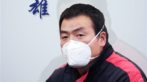 武汉凡人英雄|快递小哥汪勇:我接送的医务人员都是救命的啊!