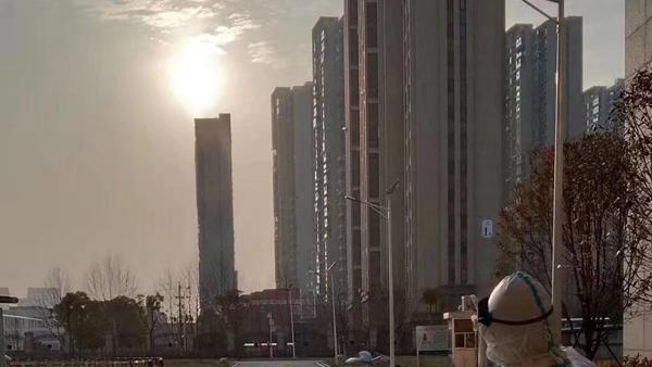 视频 | 这个瞬间,刻骨铭心!上海援鄂医生刘凯:我们都需要阳光,感受温暖