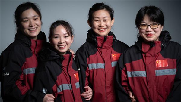 """上海""""女神""""在湖北——这些照片,是摄影记者对她们最崇高的敬礼"""