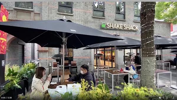 视频 | 上海餐饮业回暖进行时 店家:预约后才能堂吃