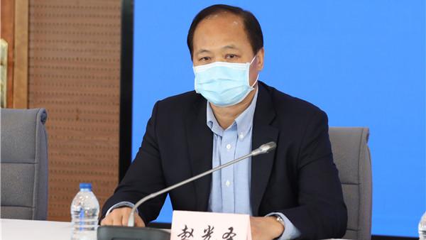 上海市体育局:室内游泳池、密闭瑜伽馆等暂时不宜开放 | 疫情防控发布会