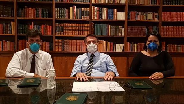 英媒:巴西总统博索纳罗新冠病毒检测阳性,7日曾与特朗普共进晚餐