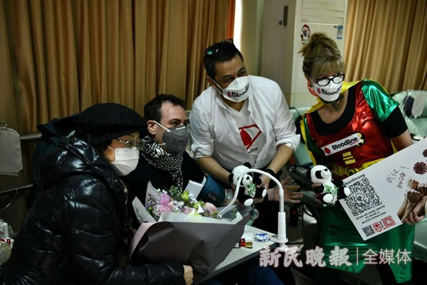「微信红包牛牛」疫情刚好转,上海有群外国人就往这个地方跑,