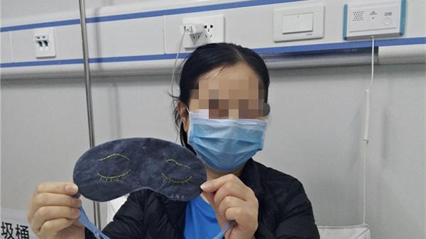 """前线""""微创新"""" 市一医院雷神山医疗队医护联手""""自制眼罩""""传递上海温度"""